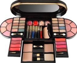 makeup-kit-250x250