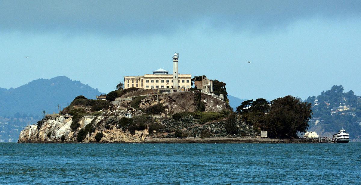 1200px-Alcatraz_Island_photo_D_Ramey_Logan