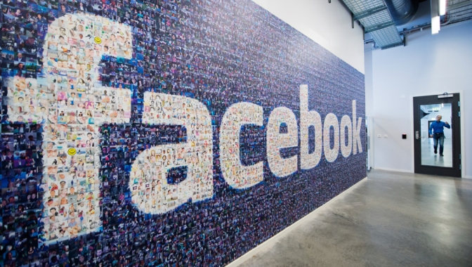 Facebook to hire 3,000 employees to review content for crime and suicide