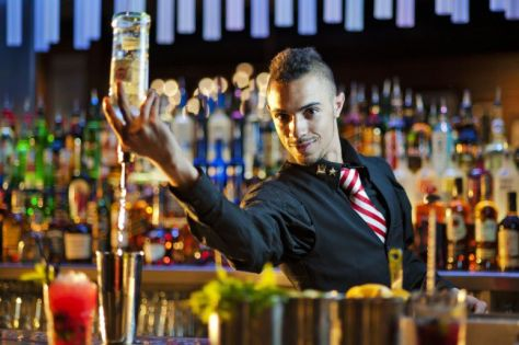 how-to-become-a-bartender
